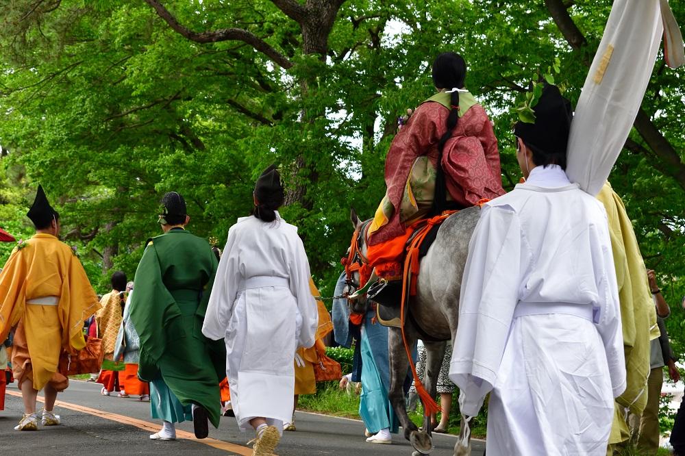 葵祭 賀茂街道を歩く行列