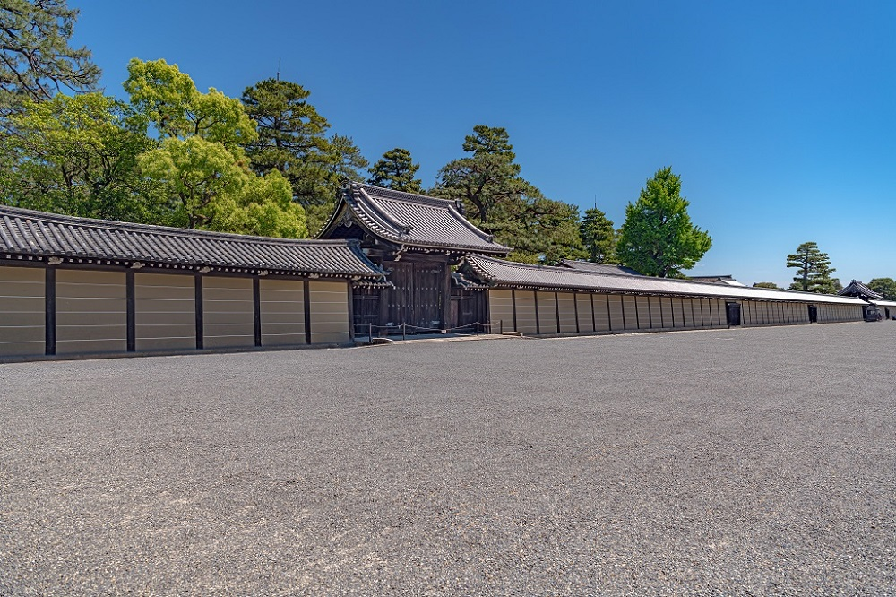 京都御所 築地塀と清所門